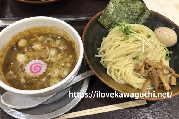 常勝軒TOKIO 島忠ホームズ草加舎人店(とねりてん) フードコートで気軽につけ麺が食べられます